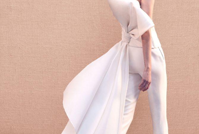 Trend 2020: l'abito da sposa con i pantaloni
